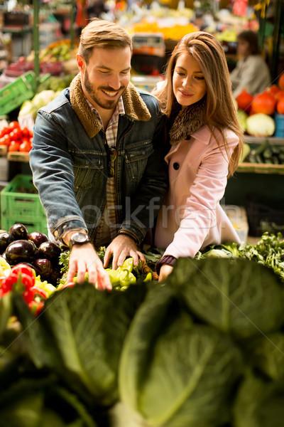 Markt kopen vruchten groenten voedsel Stockfoto © boggy