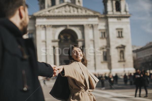 Szerető pár sétál Budapest Magyarország séta Stock fotó © boggy