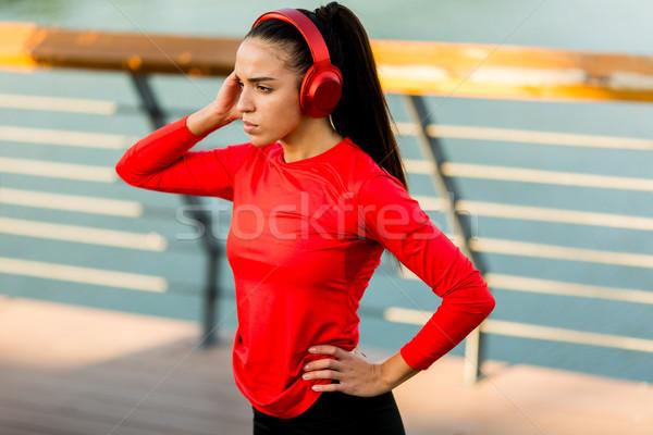 Actif jeunes belle femme courir promenade vue Photo stock © boggy