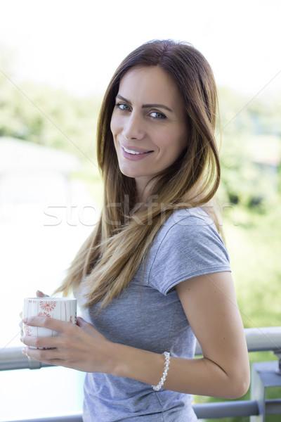 Stock fotó: Fiatal · nő · kávé · terasz · nő · fény · nyár