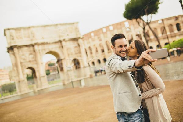 Coliseu Roma Itália mulher Foto stock © boggy
