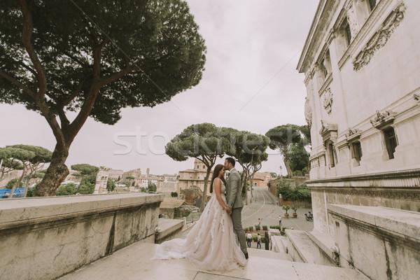 Esküvő pár Róma Olaszország fiatal vonzó Stock fotó © boggy