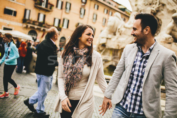 Szerető pár sétál utca Róma Olaszország Stock fotó © boggy