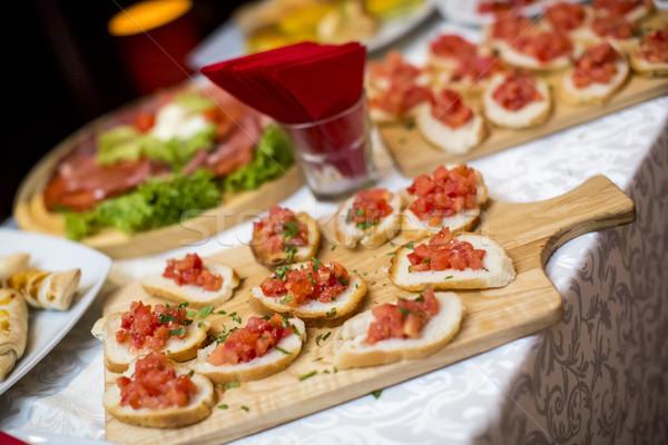 Decorado restauración banquete mesa diferente alimentos Foto stock © boggy