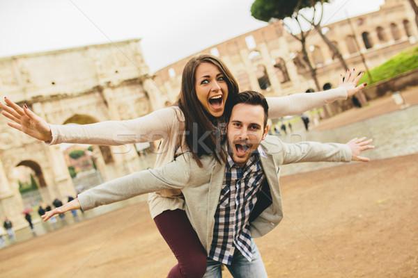 Szerető pár Colosseum Róma szórakozás szeretet Stock fotó © boggy