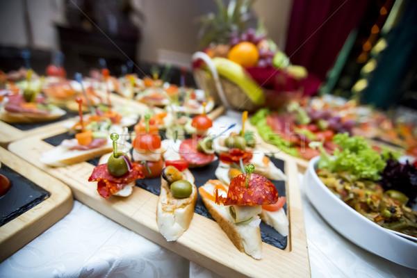 ストックフォト: 装飾された · ケータリング · 宴会 · 表 · 異なる · 食品