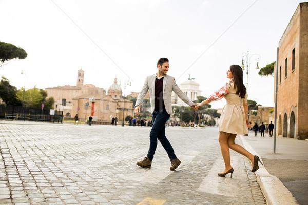 Toevallig holding handen lopen Rome Italië Stockfoto © boggy