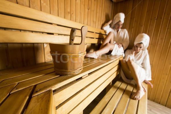 Két nő wellness fürdő központ megnyugtató fából készült Stock fotó © boggy