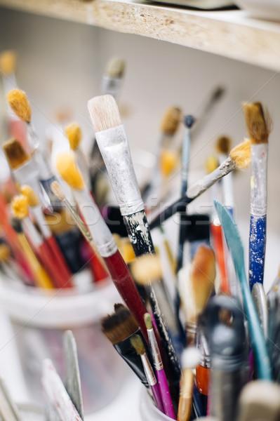 Grup çanak çömlek atölye görmek tablo araçları Stok fotoğraf © boggy