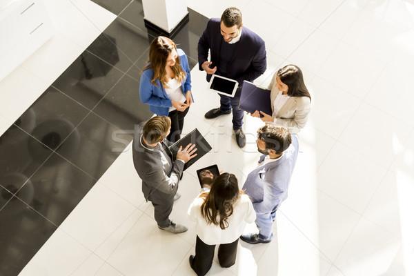 üzleti megbeszélés kilátás emberek üzlet iroda cég Stock fotó © boggy
