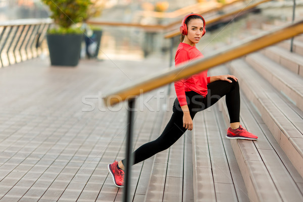 Young woman exercice outdoor Stock photo © boggy