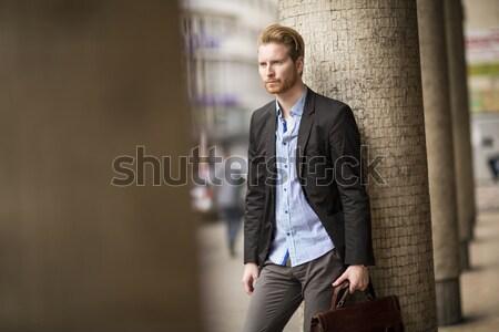 портрет современных бизнесмен портфель ждет Открытый Сток-фото © boggy
