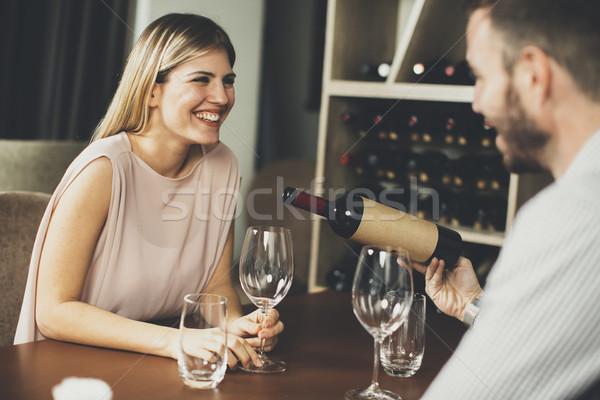 Egyedülálló nővérek randevúk