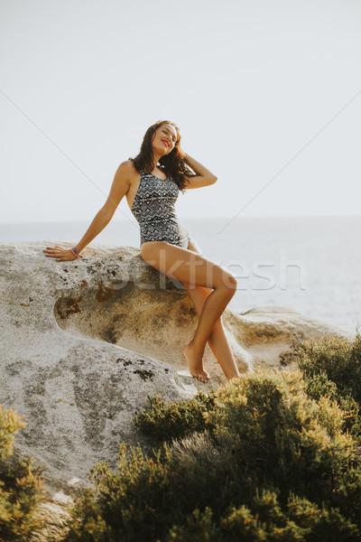 Mooie jonge vrouw strand schoonheid zomer Stockfoto © boggy