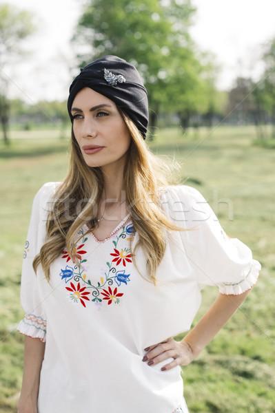 肖像 若い女性 ターバン 頭 ポーズ 屋外 ストックフォト © boggy