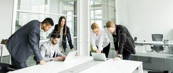 Vergadering conferentiezaal groep kantoor vrouwen Stockfoto © boggy