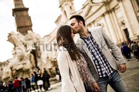 Casuale holding hands piedi Roma Italia Foto d'archivio © boggy