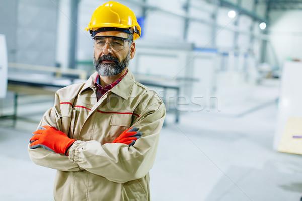 Ingeniero fábrica retrato industria traje Foto stock © boggy