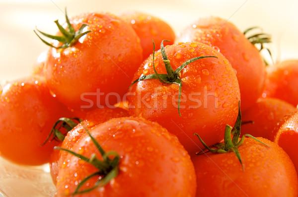 Grup olgun domates akşam yemeği kırmızı ayna Stok fotoğraf © bogumil