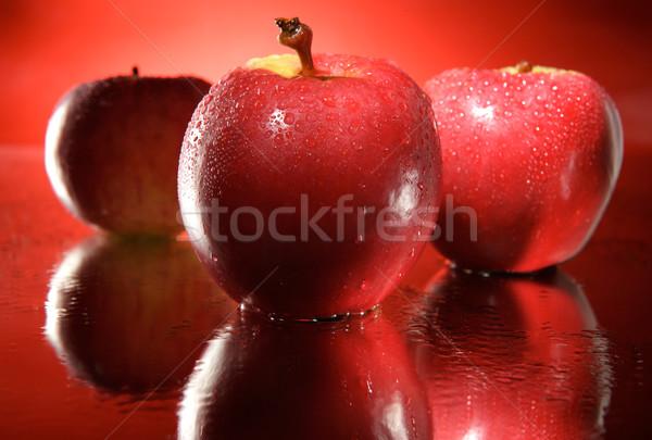 3  赤 リンゴ チーム ミラー 滴 ストックフォト © bogumil