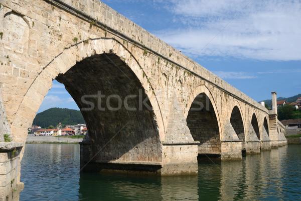 Híd történelmi folyó Stock fotó © bokica