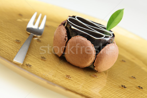 Altın plaka kremsi çikolata tatlı Stok fotoğraf © borna_mir