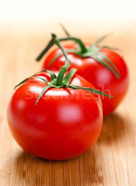 Iki domates tahta domates Stok fotoğraf © borysshevchuk