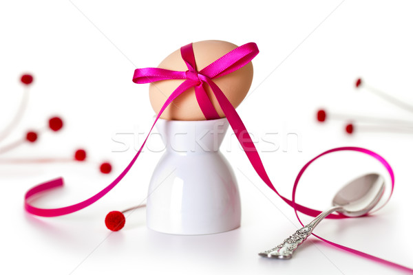 Húsvéti tojás rózsaszín szalag fehér ezüst teáskanál tojás Stock fotó © Bozena_Fulawka