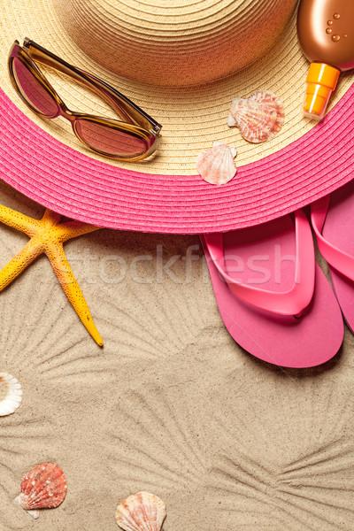 Foto stock: Verão · seis · conchas · óculos · de · sol · praia