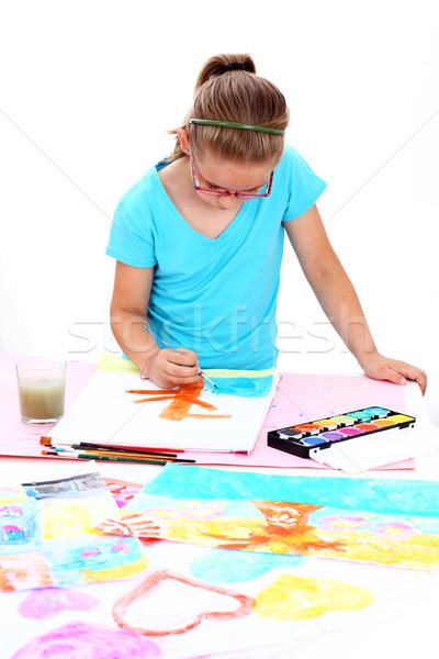 Schülerin Malerei Wasser Papier Hand Kind Stock foto © brebca