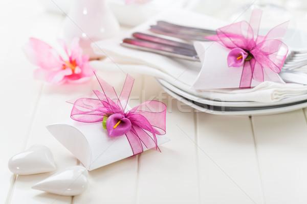 Fine dining díszített asztal fehér kicsi ajándék Stock fotó © brebca