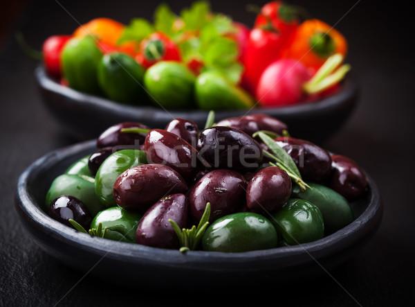 Variáció olajbogyók nyers falatozó zöldség vacsora Stock fotó © brebca