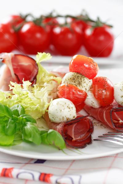 Paradicsomok mozzarella étterem zöld sajt piros Stock fotó © brebca