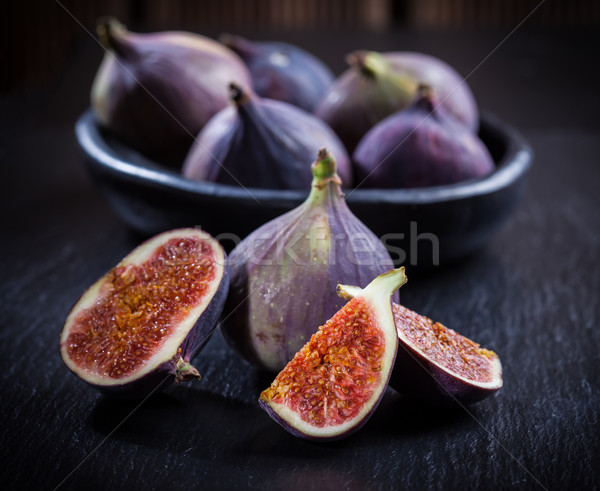 Figs on wooden table Stock photo © brebca