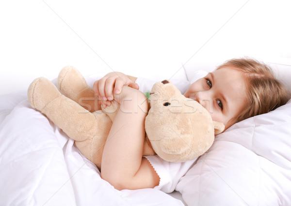 Cute meisje knuffelen teddybeer gezicht gelukkig Stockfoto © brebca