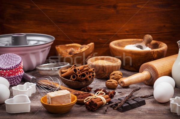 Ustensiles ingrédients gâteau cookies papier Photo stock © brebca