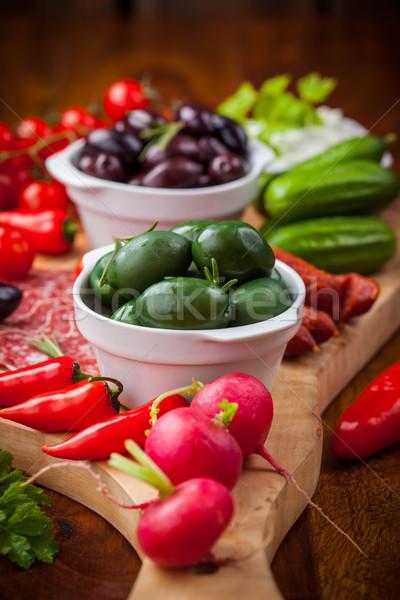 Crudo antipasti hortalizas yogurt salsa Foto stock © brebca
