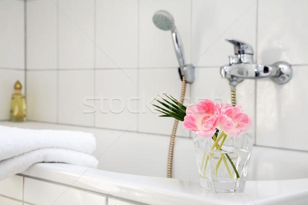 Salle de bain détail blanche famille maison détendre Photo stock © brebca