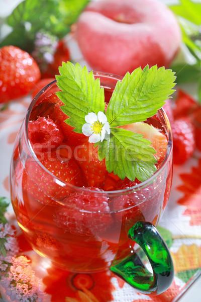 Frissítő nyár ital jegestea gyümölcsök gyógynövények Stock fotó © brebca