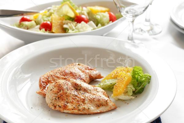 Huhn Gemüse Obstsalat orange Abendessen Stock foto © brebca