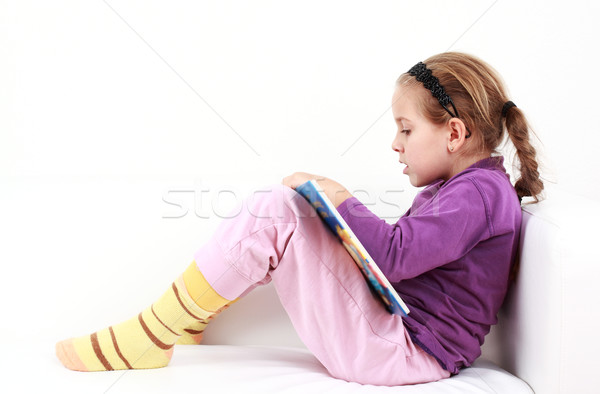 Girl reading Stock photo © brebca
