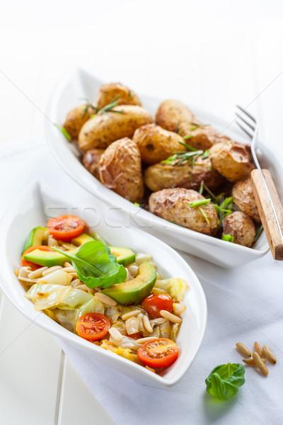 Stok fotoğraf: Lahana · salata · avokado · fırın · patates · düşük