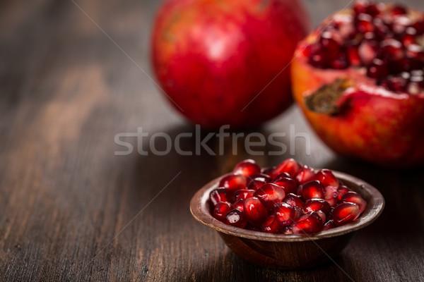 Nar meyve ahşap bağbozumu içmek kırmızı Stok fotoğraf © brebca