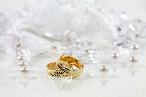 Düğün natürmort güzel altın halkalar çiçek Stok fotoğraf © brebca