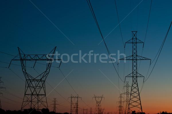 電気 日没 長い 行 電気 ストックフォト © brianguest