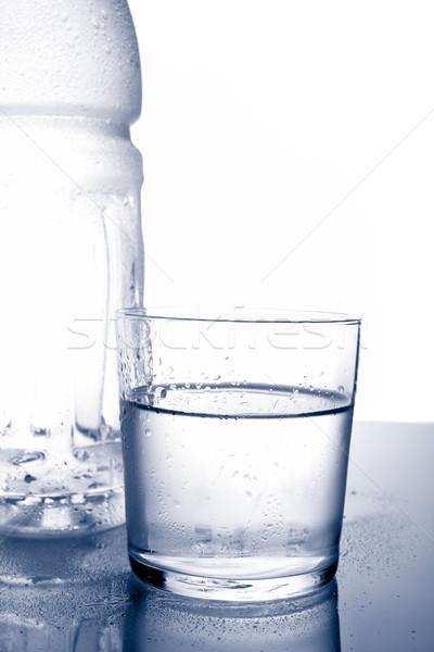 Szczegół butelki szkła woda mineralna zdrowia Zdjęcia stock © broker