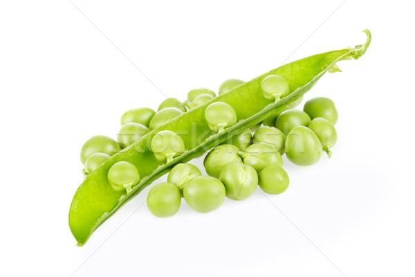 Zöldborsó hüvely friss édes izolált fehér Stock fotó © broker