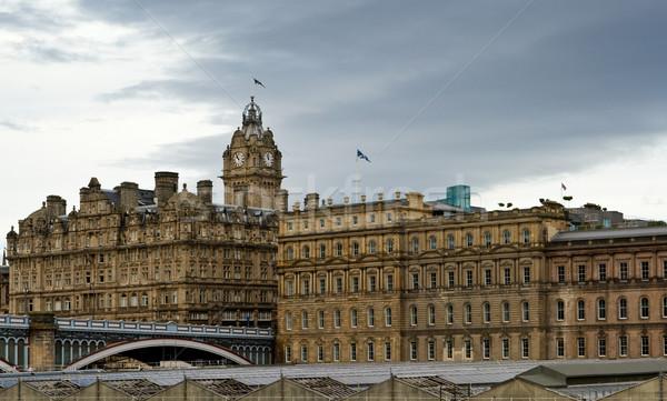 Város Edinburgh kilátás Skócia égbolt felhők Stock fotó © broker