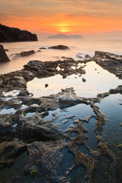 морской пейзаж закат удивительный небе воды океана Сток-фото © broker
