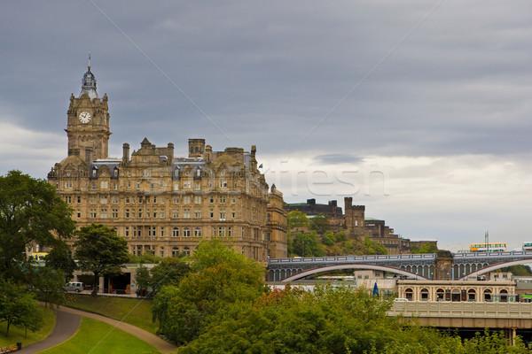 Edinburgh kilátás város Skócia égbolt felhők Stock fotó © broker